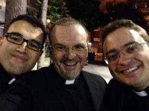 sacerdoti ordinati e padre Costantino