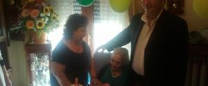 Il sindaco Giorgiano fa visita ad una sua concittadina nel giorno del centesimo compleanno