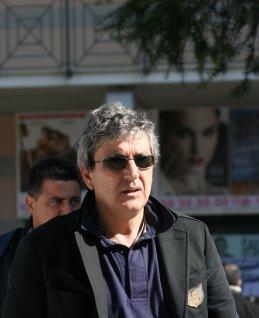 Vicequestore aggredito, solidarietà del sindaco al dirigente Sergio Di Mauro